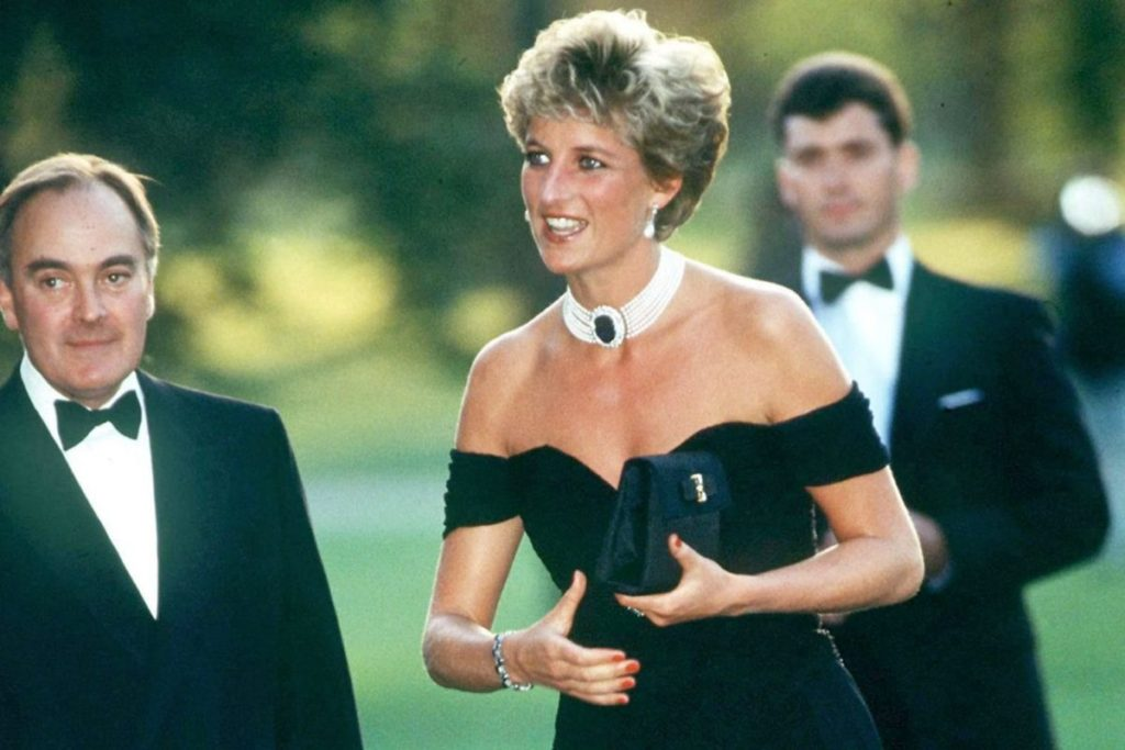 Princess's Diana Outfits That We Still Love Today